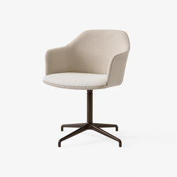 Rely HW42 Bronzed w. Karakorum 003 & Karakorum 001 | Chairs | &TRADITION