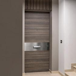 Project | Porta di sicurezza per interni con cerniere a scomparsa | Porte interni | Oikos – Architetture d'ingresso