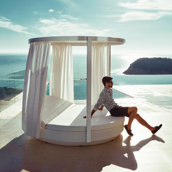 Vela canopy | Day beds / Lounger | Vondom
