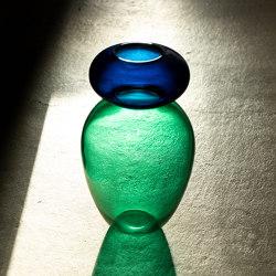 Royal Family   Queen vase   Vases   Purho