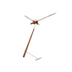 Puntero Table Clock | Clocks | Nomon