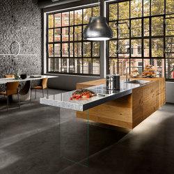 36e8 Wildwood Kitchen - 0353 | Island kitchens | LAGO