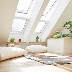 VELUX manual top-hung roof window GPU - Ideal for bathroom and kitchens | Window types | VELUX Group