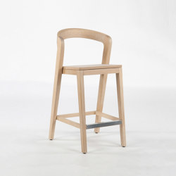 Play Barstool - Oak natural | Bar stools | Wildspirit