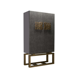 Biscornet | Lacquered Doors | Cabinets | Hamilton Conte