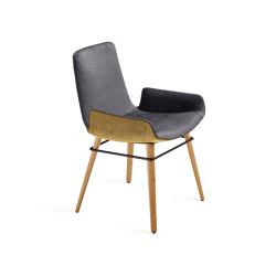 Amelie | Armchair Low mit Holzgestell mit umlaufendem Metallring | Stühle | FREIFRAU MANUFAKTUR