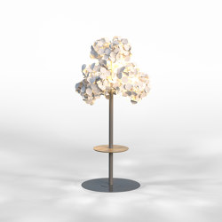 Leaf Lamp Metal Tree M w table | Free-standing lights | Green Furniture Concept
