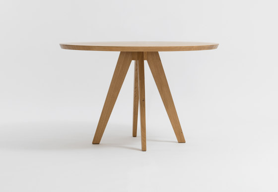 Cena round by Zeitraum | Dining tables