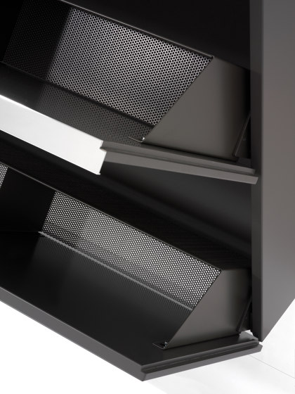 BASIC Shoe cupboard de Schönbuch   Armarios