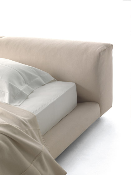 Softwall Bed by Living Divani | Beds