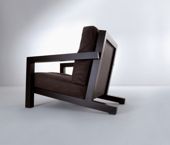 BD 21 | Armchair by Laurameroni | Armchairs