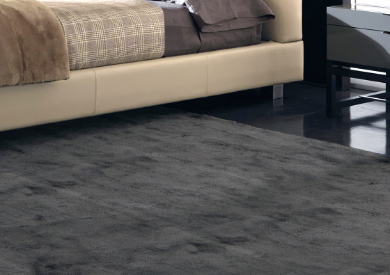 Dibbets by Minotti   Rugs