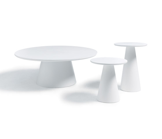 Conic table by COR | Coffee tables