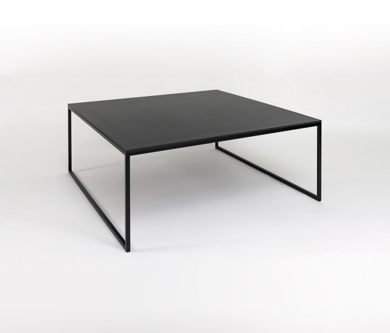 Less side table | H 15/2 by Hans Hansen & The Hansen Family | Coffee tables
