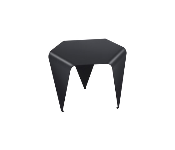 Bee side table | H 145 by Hans Hansen & The Hansen Family | Coffee tables