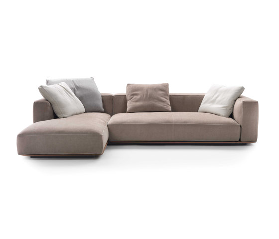 Grandemare Sofa von Flexform | Sofas