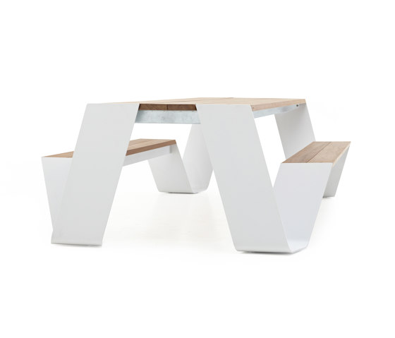Hopper picnic by extremis | Tables and benches