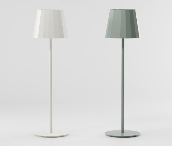 Objects outdoor floor lamp by KETTAL | Free-standing lights