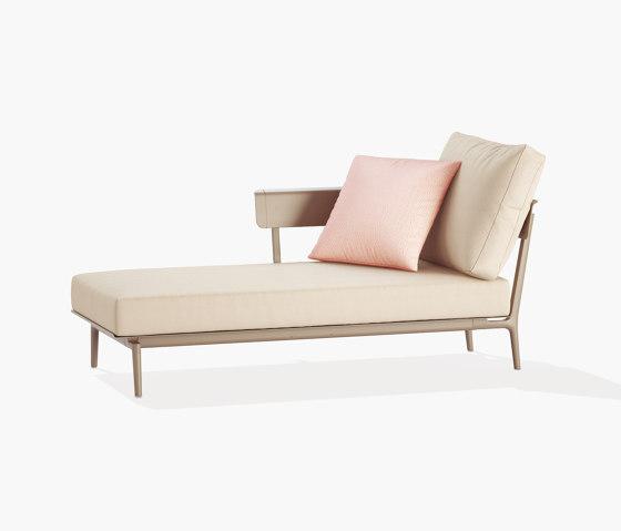 Aikana deckchair by Fast | Chaise longues