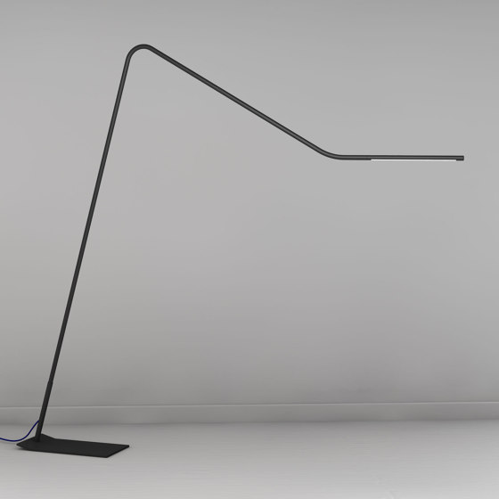 Colibri di martinelli luce   Lampade piantana