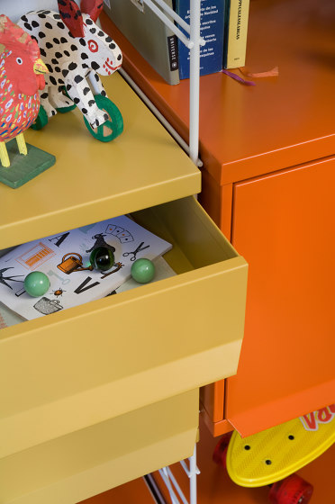 TRIA kids & teens by Mobles 114   Shelving