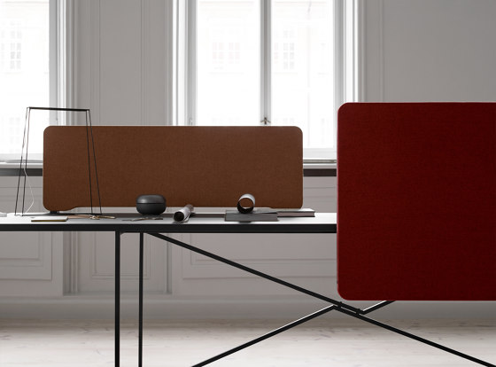 Edge Table Screen by Lintex | Table accessories