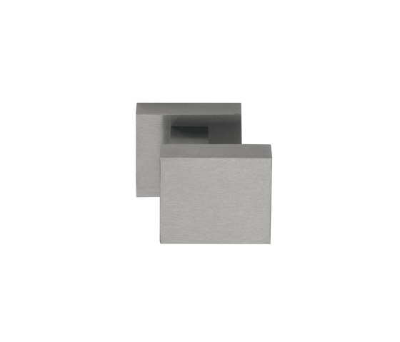 TIMELESS TD60V by Formani | Knob handles