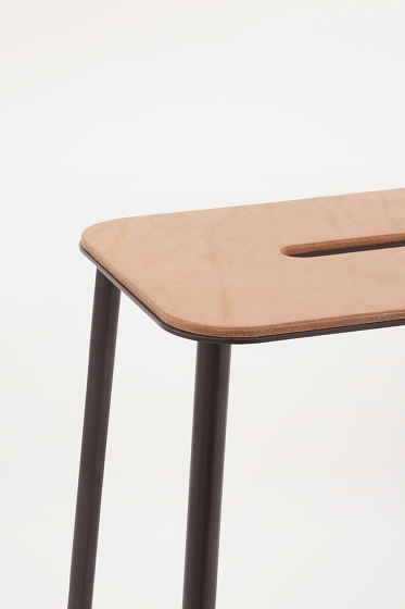 Adam stool H50 Black Leather by Frama | Stools