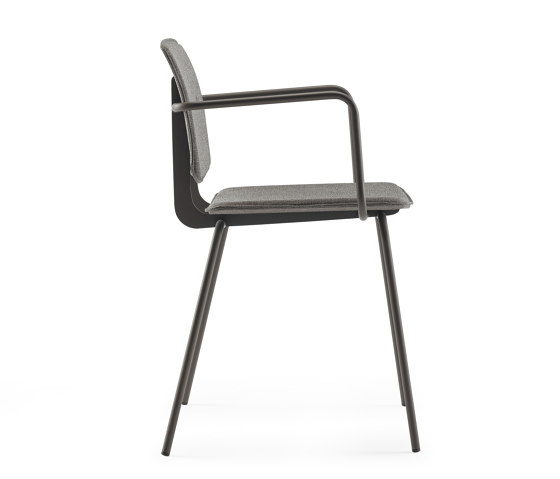 Don Chair upholstered with armrests by ONDARRETA | Chairs