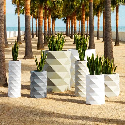 Marquis planters by Vondom | Plant pots
