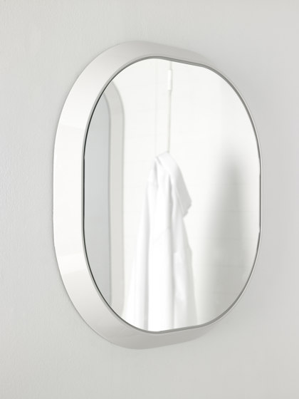 Fluent Mirror with frame by Inbani | Bath mirrors