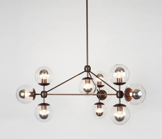 Modo Chandelier - 3 Sided, 10 Globes (Bronze/Clear) de Roll & Hill | Lámparas de suspensión