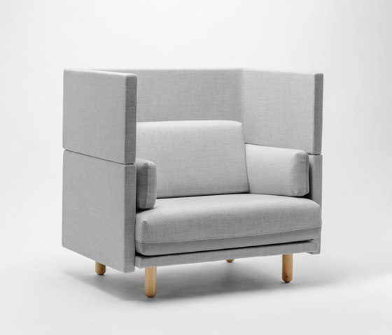 Arnhem Loveseat 118 by De Vorm | Armchairs