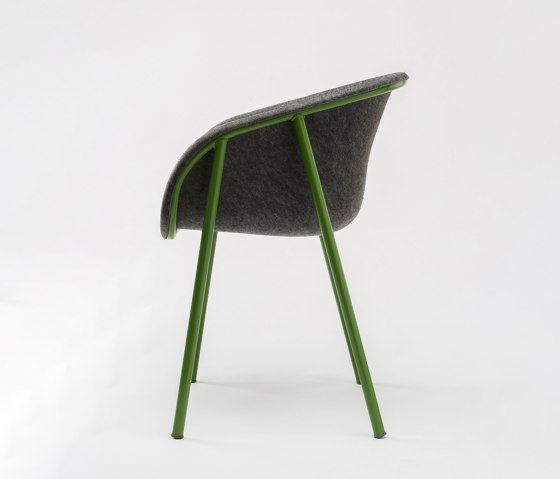 LJ 1 PET Felt Armchair de De Vorm | Sillas