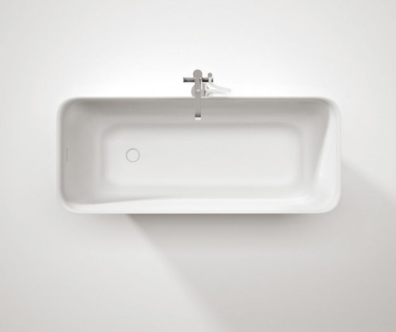 Equal by Ideagroup | Bathtubs