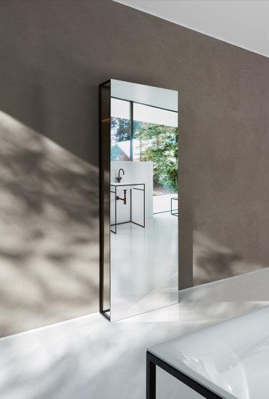 BetteLux Shape standing mirror by Bette   Towel rails