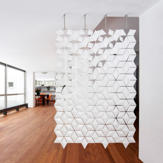 Facet Hanging Room Divider - 136x210cm by Bloomming | Sound absorbing room divider