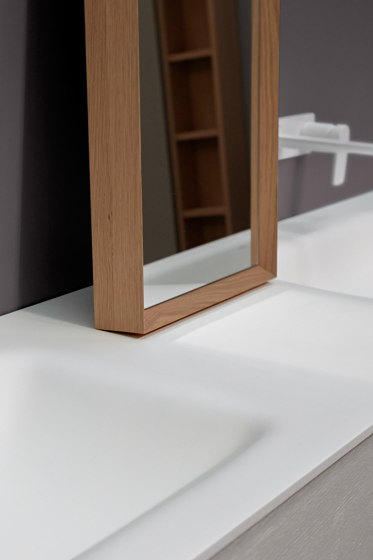 Strato Mirror with mitered frame by Inbani | Mirrors