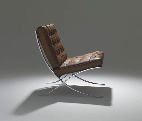 Barcelona Relax Chair by Knoll International   Armchairs