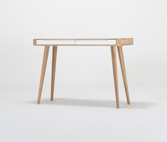 Ena dressing table | 110x42x75 de Gazzda | Tocadores