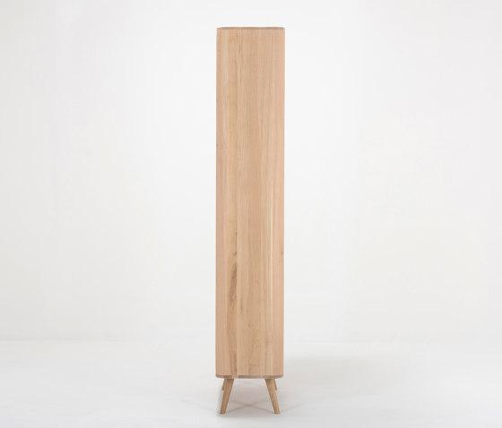 Ena hallway wardrobe | 90x35x200 von Gazzda | Garderobenschränke
