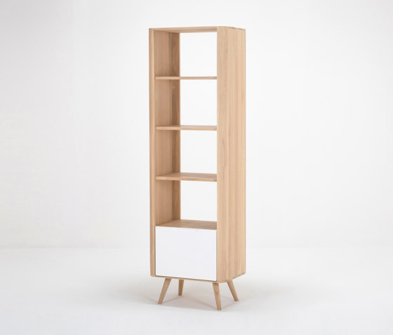Ena shelf | 60x42x196 by Gazzda | Shelving