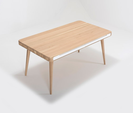 Ena table two | 160x90 de Gazzda | Tables de repas