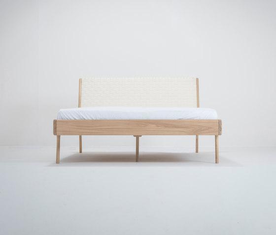 Fawn bed | deep frame | 140x200 | webbing de Gazzda | Sommiers / Cadres de lit