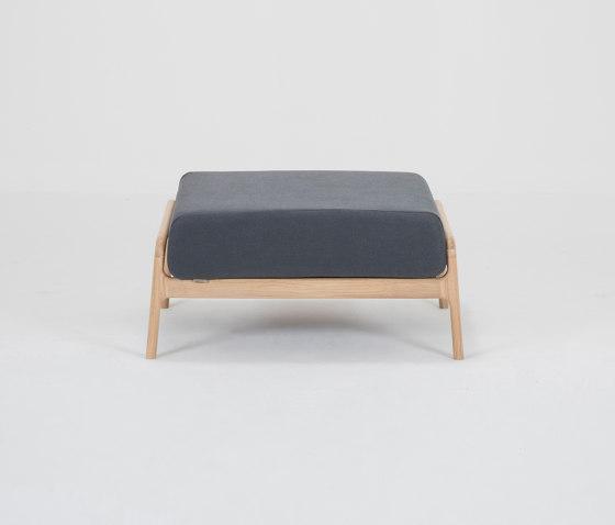 Fawn footstool by Gazzda   Poufs