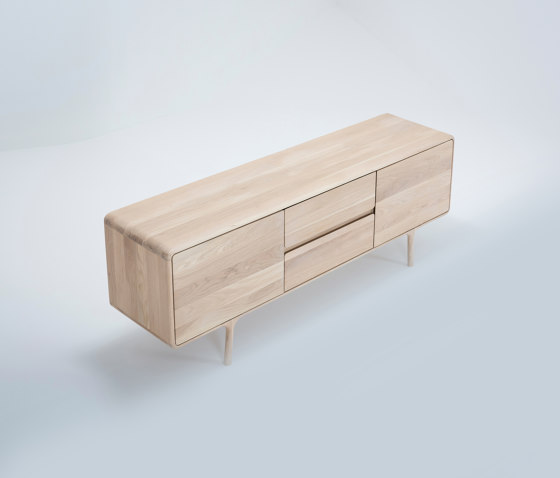 Fawn sideboard | 180x45x65 by Gazzda | Sideboards