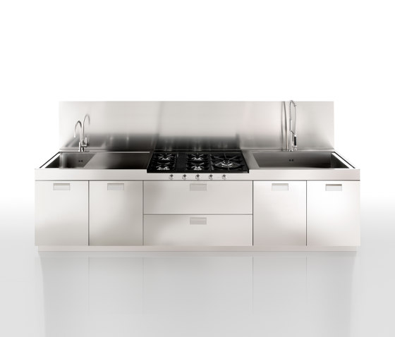 Italia professional work by Arclinea | Fitted kitchens