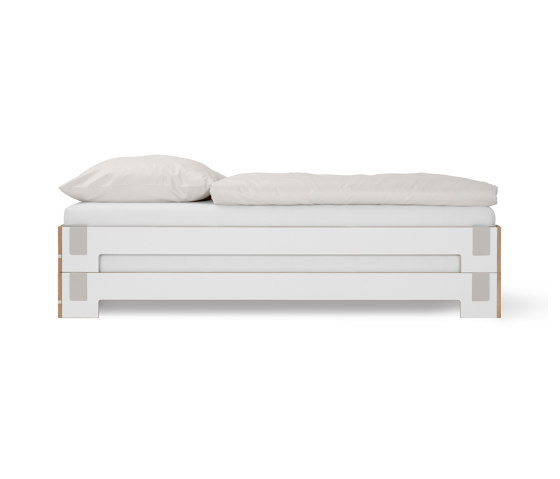Tagedieb Stacking Bed by Nils Holger Moormann | Beds