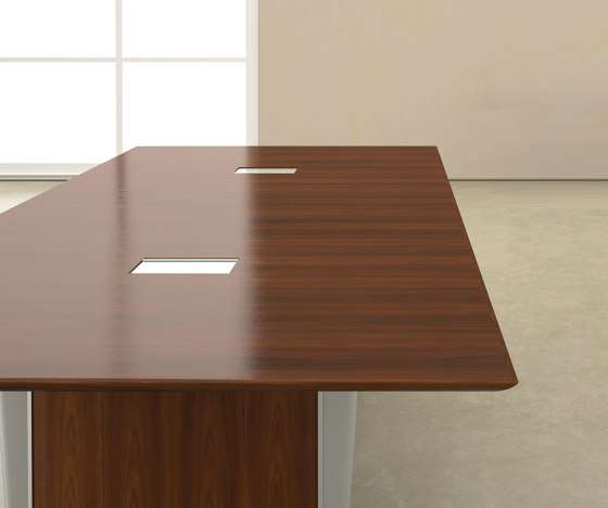 Saber Conference Tables di Nucraft | Tavoli contract