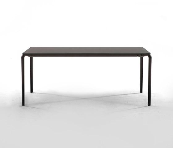 Light by Tonin Casa | Dining tables